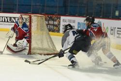 ブレイズは再三デミョンゴールに迫ったが、ゴールを挙げることはできなかった/photo - Tohoku ice Hockey Club