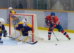 地元・白樺学園は2回戦から登場し、13得点を挙げた